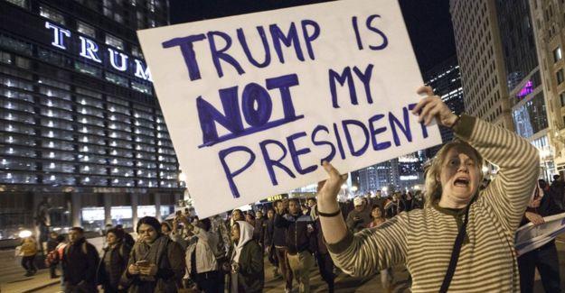 ABD'de Trump protestoları: Bizim başkanımız değil