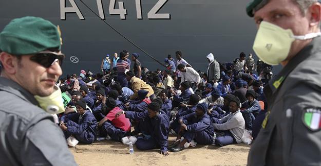 Af Örgütü: Sığınmacılar, İtalya'da işkenceye varan kötü muameleye maruz kalıyor