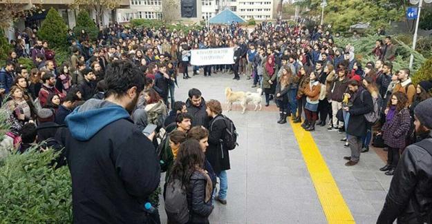 Boğaziçi Üniversitesi'nde öğrencilere polis saldırısı: Gözaltılar var
