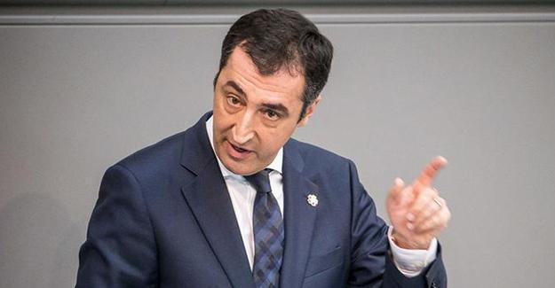Cem Özdemir: Türkiye'de gerginliği Erdoğan artırıyor