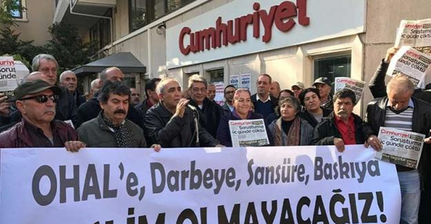 Gözaltındaki Cumhuriyet yazarlarına yönelik avukat yasağı kaldırıldı