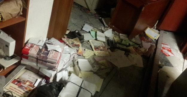 İdil Kültür Merkezi'ne polis baskını: Grup Yorum üyeleri gözaltında