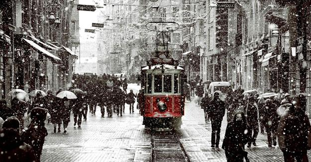 İstanbul'a mevsimin ilk karı geliyor