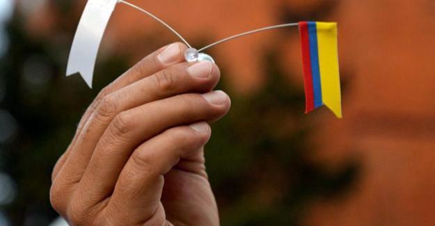 Kolombiya hükümeti ve FARC yeni bir anlaşmaya vardı