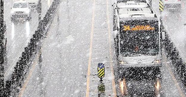 Meteoroloji uyardı: İstanbul'a kar geliyor