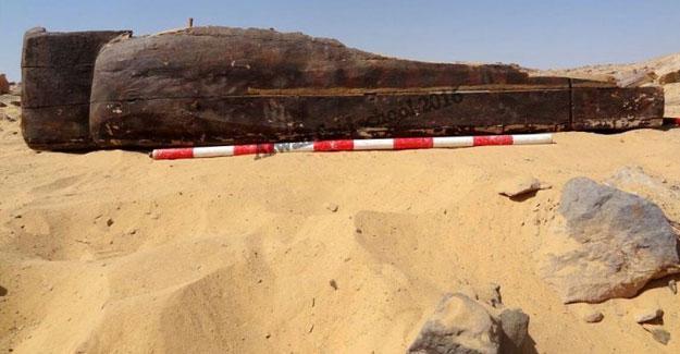 Mısır'da firavunlara ait olduğu düşünülen iki yeni mezar bulundu