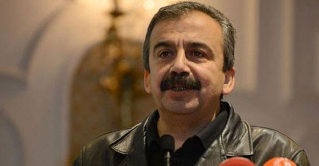 Sırrı Süreyya Önder: Diyarbakır saldırısı biz içerideyken yapıldı