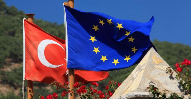 Alman politikacılardan Türkiye'ye: AB şantaja boyun eğmez