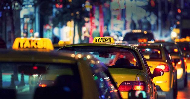 Eski CHP'li vekil: Taksici, iktidarı eleştiren yolcunun ses kaydını alıp polise şikayet etti