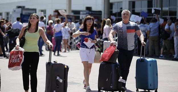 Türkiye'ye uçuşlarda yüzde 19'luk düşüş