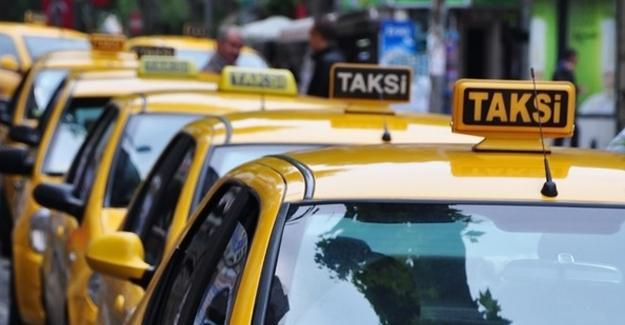 Belediyenin dağıttığı kitaptan: Hanımlar mecbur kalmadıkça taksiye binmesin