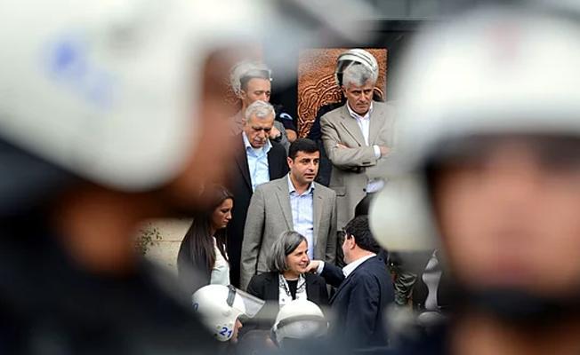 Demirtaş'ın avukatlarının 'yargılamanın durdurulması' talebi reddedildi