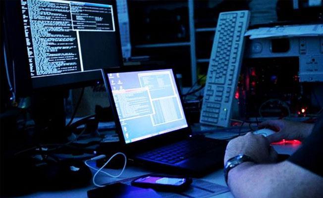Devlette 'beyaz hacker' dönemi: 'Hacker'a 25 bin başvuru var