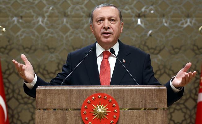 Erdoğan: Elinde silahı olan teröristle elinde doları, eurosu olan terörist arasında fark yoktur