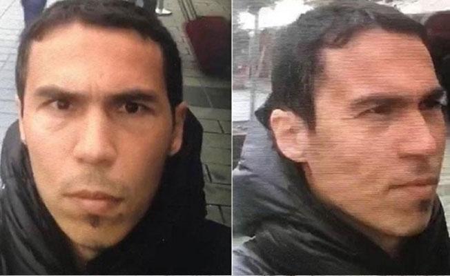 Polis metroyu kapattı, Reina saldırganı aranıyor