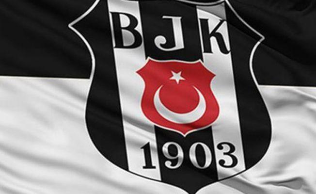 Beşiktaş kafilesini taşıyan otobüse saldırı