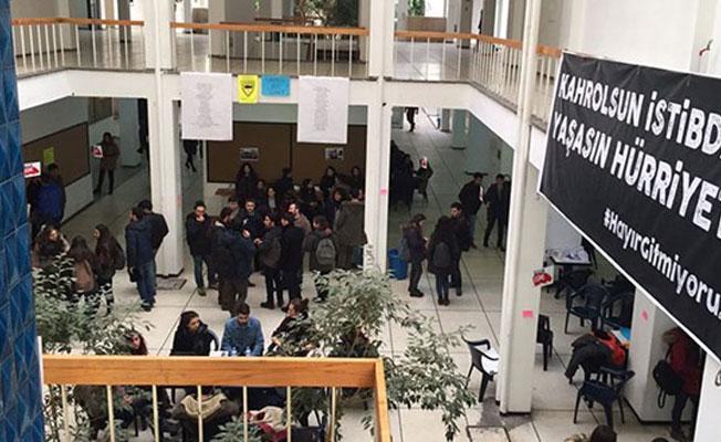 Boykottaki Cebeci'de açık ders yapıldı: Kahrolsun istibdat, yaşasın hürriyet!