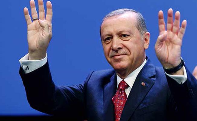 Erdoğan: 'Hayır' diyenlerin konumu aslında 15 Temmuz'un yanında yer almaktır