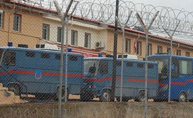 HDP: Van T Tipi Cezaevi'nde domuz bağı işkencesi yapılıyor