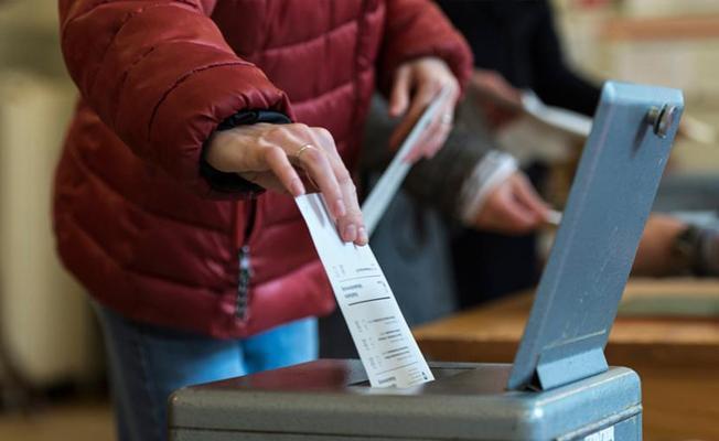 İsviçre 'vatandaş olma kurallarını yumuşatmayı' onayladı