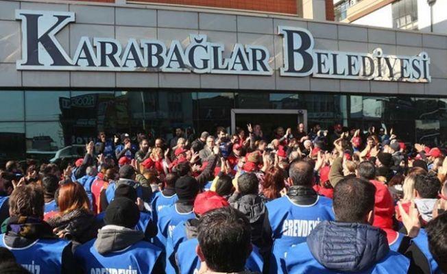 Karabağlar'da grev sonlandı: İşçilerin maaşları ilk yıl için yüzde 9 artacak