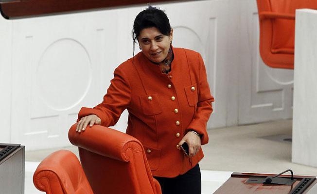 Leyla Zana ilk duruşmada beraat etti