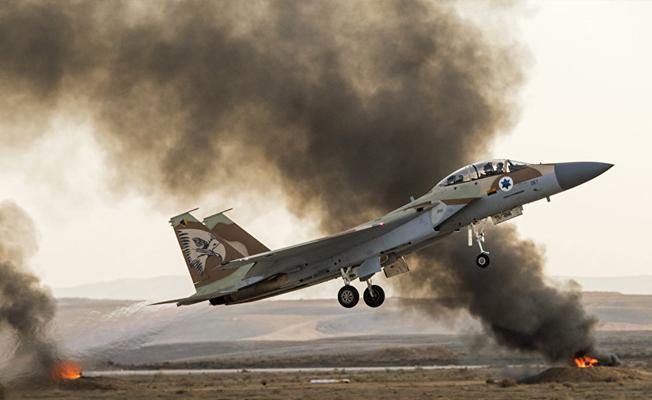 İsrail'den Suriye'ye: Hava savunma bataryalarını yerle bir ederiz