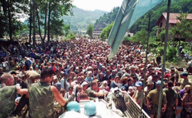 Srebrenitza Kurbanları: Öldürülen evlatlarımız üzerinden siyaset yapmak günah
