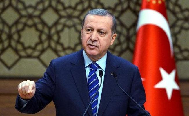 Erdoğan'ı 'kutsal varlık' olarak tanımlayan 'Erdoğannâme' kitabına toplatma talebi