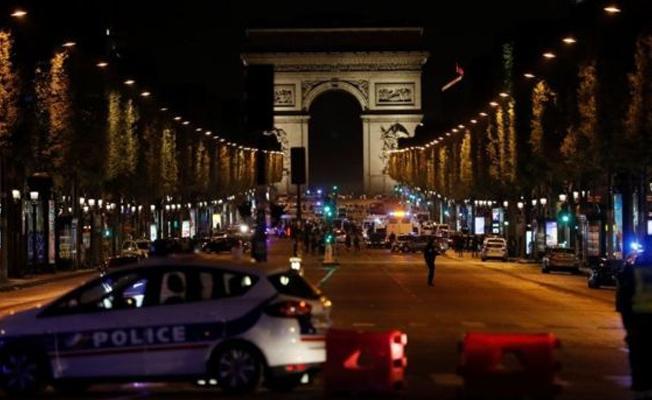 Paris'teki saldırganın kimliği belirlendi: Silahlı saldırgan 'terör soruşturmasının odağındaydı'