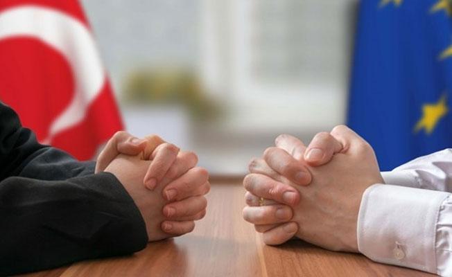 Avrupa Halk Partisi, Türkiye'nin AB üyelik müzakerelerinin iptalini istedi