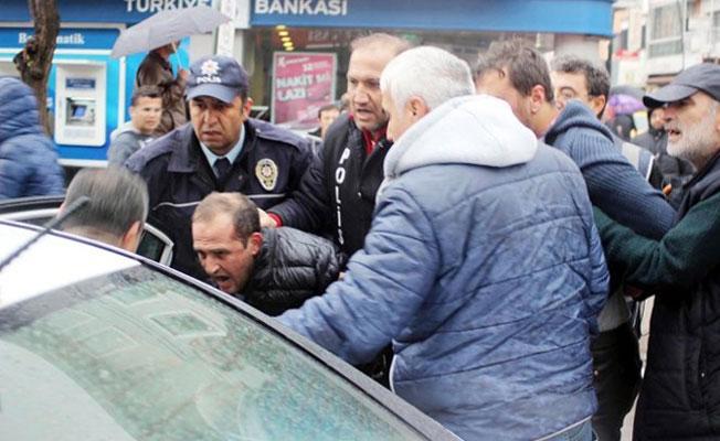 Uşak'ta YSK protestosu: 14 kişi gözaltına alındı