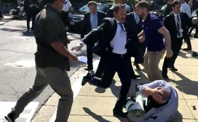 Erdoğan'ın Washington'daki protestoya saldırıyı izlediği anın görüntüleri yayınlandı