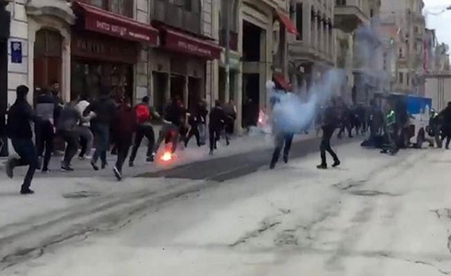 İstiklal Caddesi'nde kavga: 5 Yunan taraftarı yaralandı