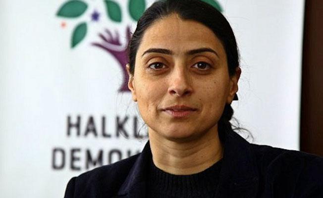 """""""Kürtler hala kendi topraklarında dillerini konuşamıyor"""""""