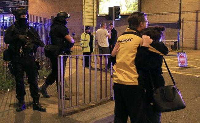 Londra'da otobüs istasyonunda bomba alarmı