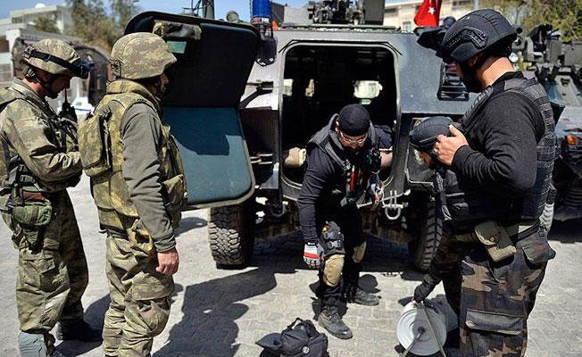 Polis ve jandarma yanlışlıkla çatıştı