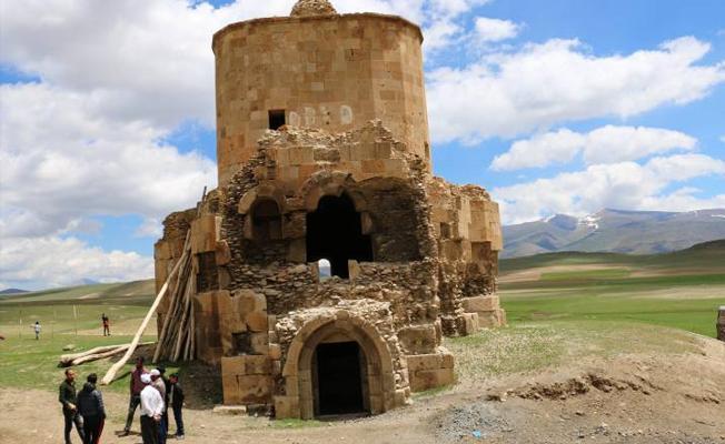 Tarihi Ermeni kilisesi yok olma tehdidiyle karşı karşıya