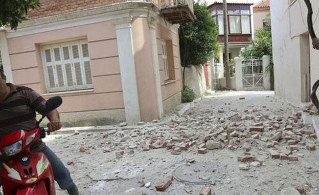 Ege depremi: Yunanistan'da 1 kadın yaşamını yitirdi, 10 kayıp