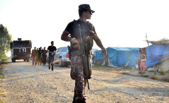 Tarım işçilerinin çadırlarına polis baskını