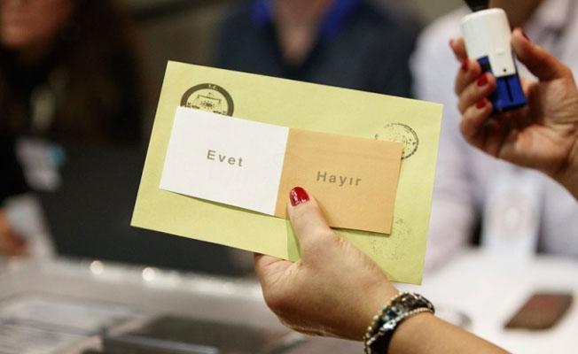 Anayasa Mahkemesi'nden referandum kararı