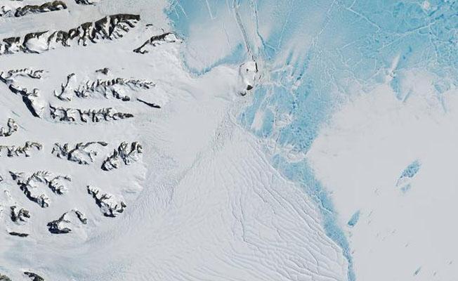 Antartika'dan İstanbul büyüklüğünde buz kütlesi koptu
