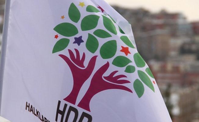 """HDP'den """"Demirtaş teröristtir"""" diyen Erdoğan'a yanıt"""