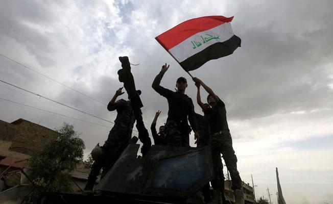 Irak başbakanı: Musul IŞİD'den kurtarıldı