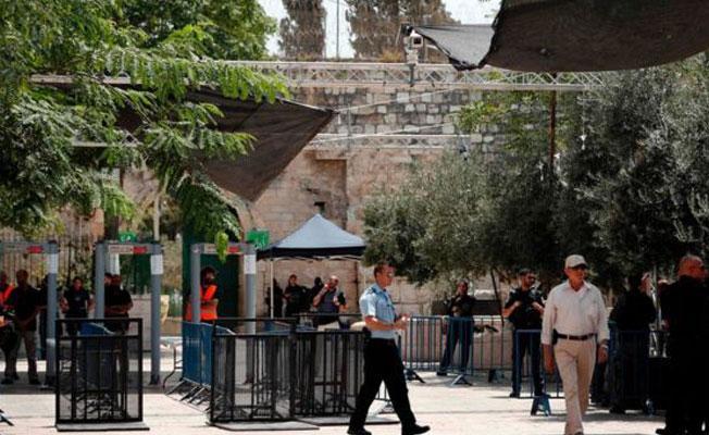 İsrailli Bakan: Detektörler kalacak, istemiyorlarsa girmesinler
