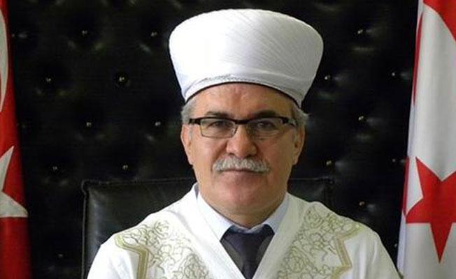 Kıbrıs Din İşleri Başkanı'na 'FETÖ' gözaltısı