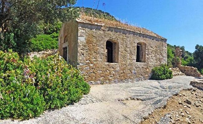 Marmaris'teki 1800 yıllık manastır yıkılma tehlikesi altında