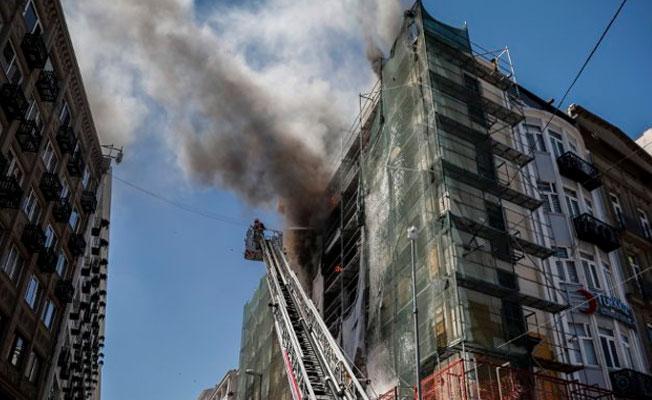 Sirkeci'de yangın