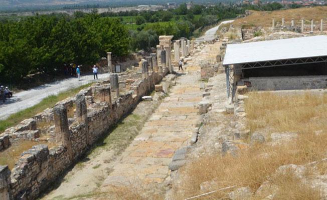 Tripolis Antik Kenti'nin gün yüzüne çıkması 400 yıl sürebilir