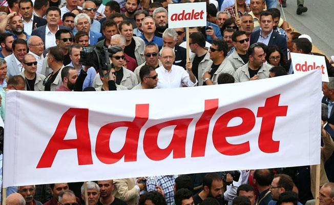 """Türkiye'yi """"demokrasiye döndürme"""" sözü veren Kılıçdaroğlu: Daha fazla sokak protestosu düzenleyeceğim"""